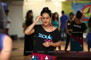 Meher Mallik Belly Dance Photos