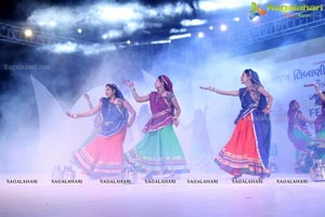 Biggest Dandiya Garba Dance