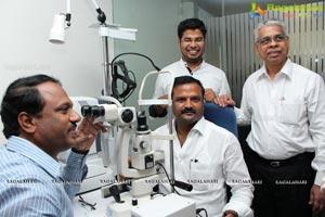 KSR World Class Optical Showroom