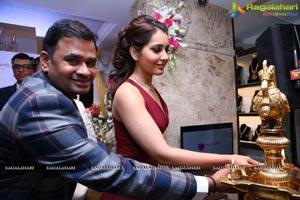 Manepally Jewellers Raashi Khanna