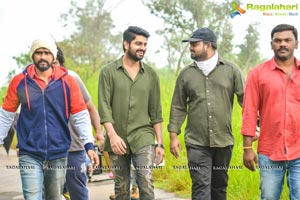 Chalo Working Stills