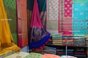 Indian Silk Expo Begins