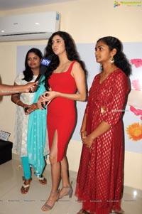 Vasundhara Salon Premium Rewards Card launch by Andleeb Zaid
