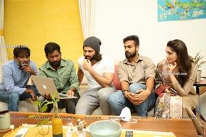 Vijay Deverakonda Launches Jala Jala Jalapaatham Nuvvu Song