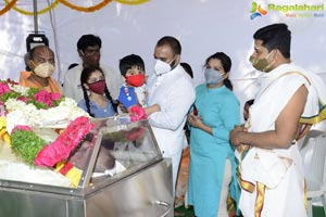 Celebs Pay Homage to Producer Doraswamy Raju
