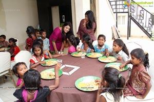 Tashu Kaushik at Helping Hands Humanity