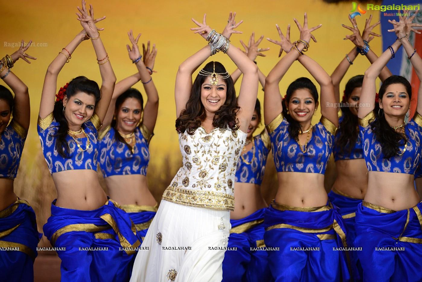 Nayanthara Stills from Greeku Veerudu