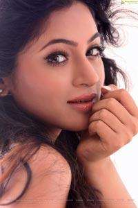 Shilpi Sharma HD Photos