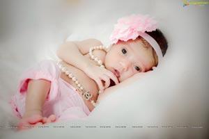 Lakshmi Manchu Daughter Photos