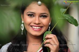 Naveena Jackson in Saree