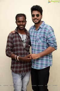 Sundeep Kishan Celebrates NVNN Success With his Fans