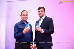 OnePlus Announces Its Partership with Bajaj Electronics