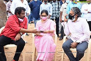 Bellamkonda Sreenivas's Chatrapathi Hindi Remake Launch