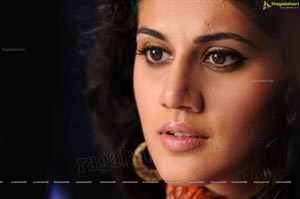 Reliance Trends Model Taapsee Pannu - High Definition Photos