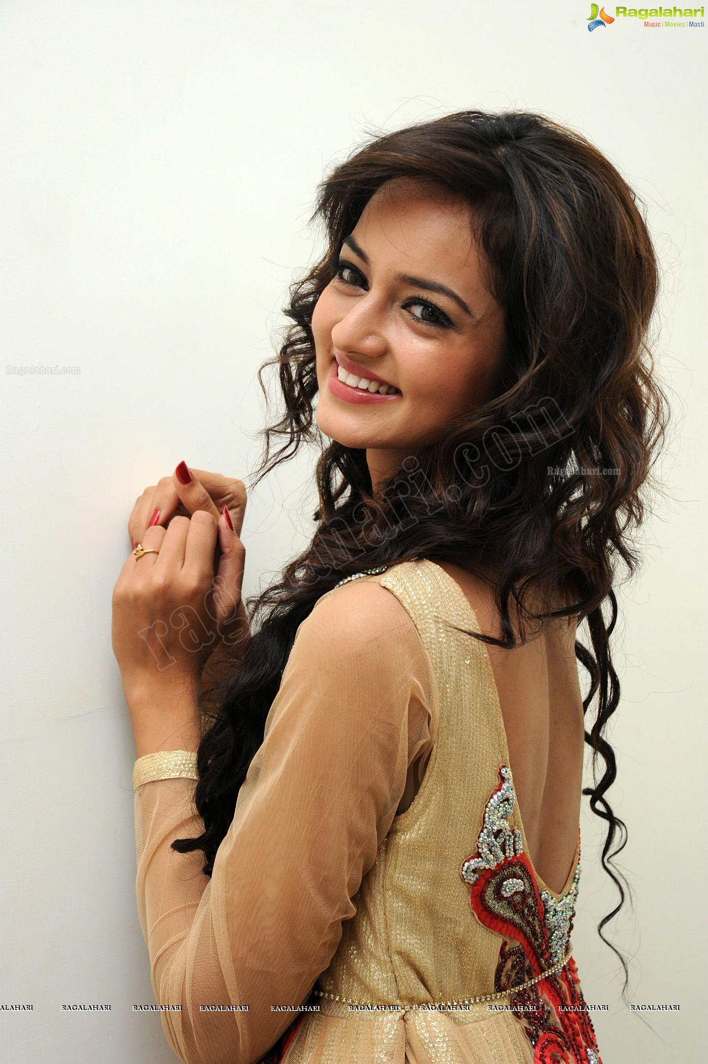 Shanvi (High Definition)
