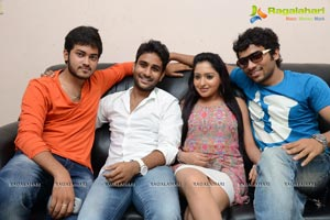 Nenu Naa Friends Press Meet