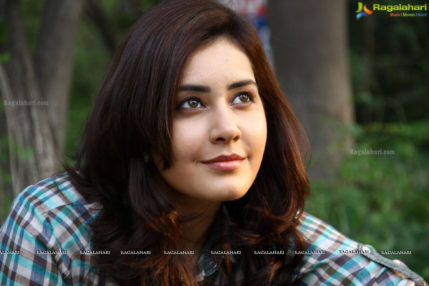 Rashi Khanna interview on Oohalu Gusagusalade