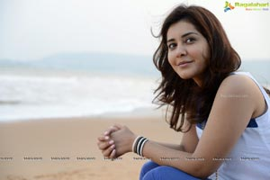 Rashi Khanna Desktop Wallpapers
