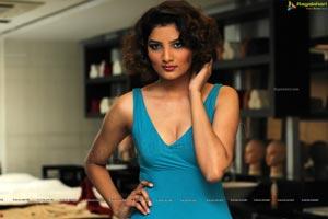 Aliya Khan Glam Stills