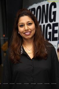 Hamari Adhuri Kahani