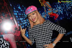 DJ Arna Blau