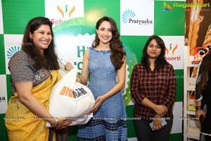 Pragya Jaiswal Big Bazaar Donation Drive