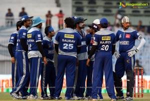 CCL 3 Kerala Strikers vs Karnataka Bulldozers Match