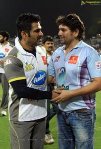 Veer Marathi Vs Mumbai Heroes Match