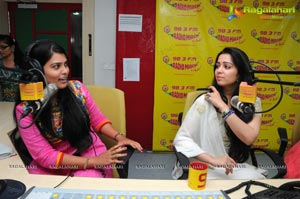 Prathighatana Team at Radio Mirchi