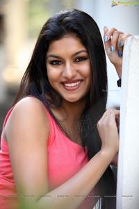 Heroine Sai Akshatha Glam Shoot