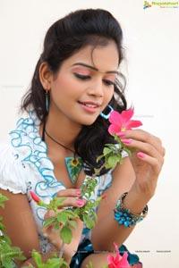 Hyderabad Telugu Heroine Maheshwari