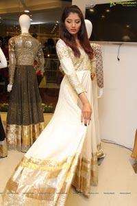 Aliya Khan Vijay Rana Showroom