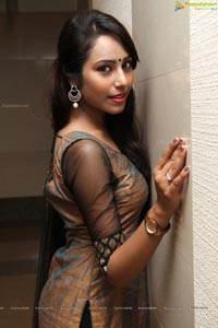 Khenisha Chandran Photos