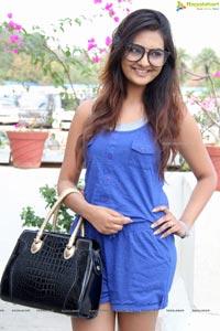 Neha Deshpande Gutthi Bharati Comedy Show