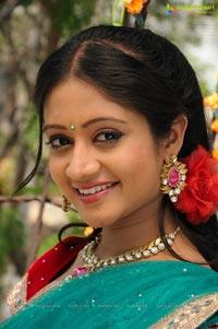 Sandeepthi in Edhenti Govinda