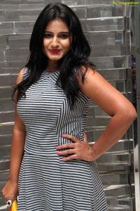 Tanusha at Bollywood Nite