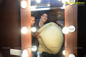 Laddu Babu Working Stills