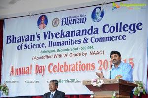 Bhavans College