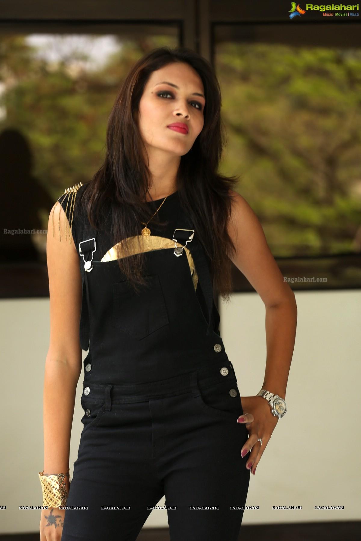 Angel Singh