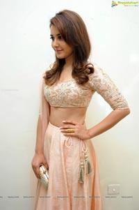 Telugu Actress Rashi Khanna