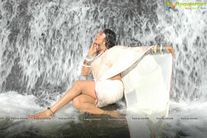 O Malli Movie Stills