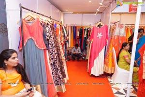Sashi Nahata Akritti Exhibition