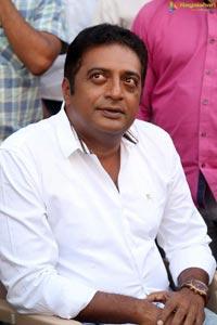 Prakash Raj Veg Mantra