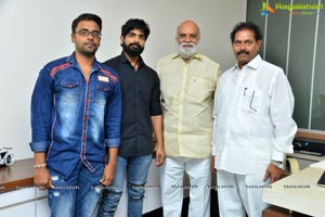 K Raghavendra Rao Unveils Pranam Khareedu Trailer