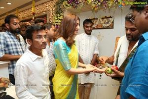 Kajal Aggarwal Launches Maangalya Shopping Mall