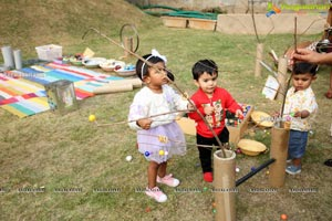 Experiential Learning in The Early Years at Toddler's Den