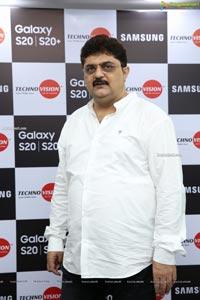 Samsung Galaxy S20 & S20+ Launch by Akshara Haasan