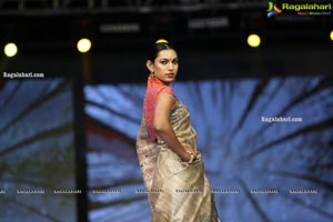 Sthri Grand Fashion Show N Convention