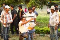 Un Samayal Arayil Working Stills