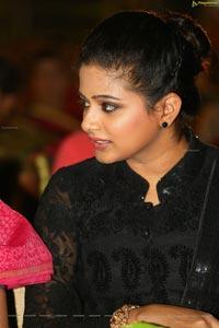 Priyamani Iyer High Definition Photos
